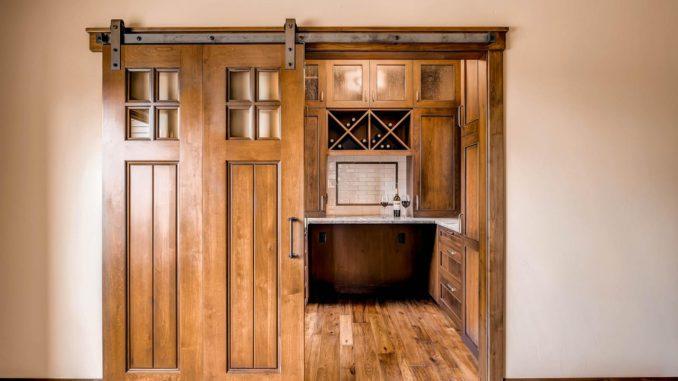 8 типов раздвижных дверей для улучшения интерьера и